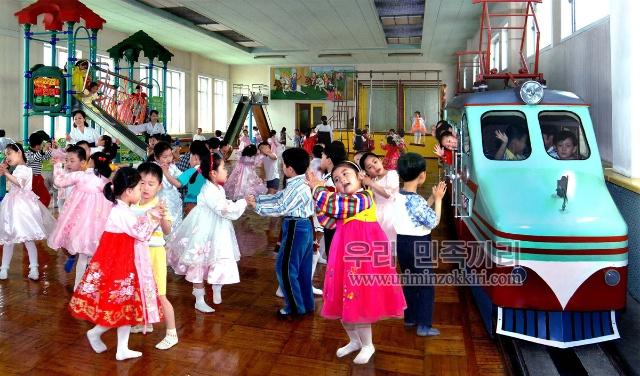 朝鲜对外宣传的照片真能让人相信那里是天堂