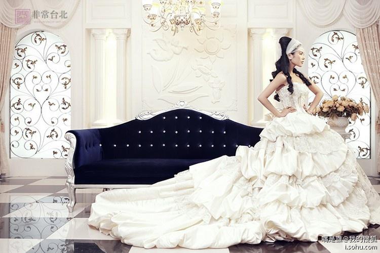 武汉婚纱影楼哪家好,最爱样片展示 宫廷白纱