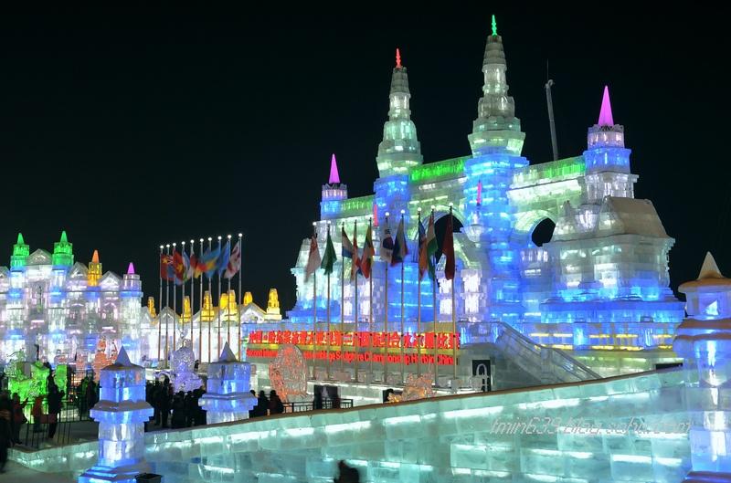 p1哈尔滨冰雕大世界冰雕比赛区