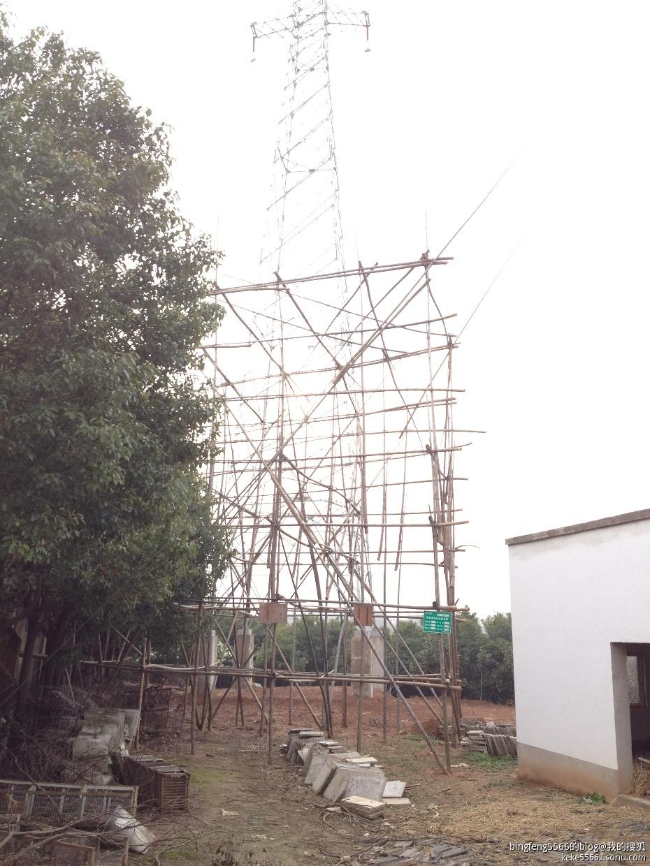 架空电力线路保护区为导线边线在最大计算风偏后