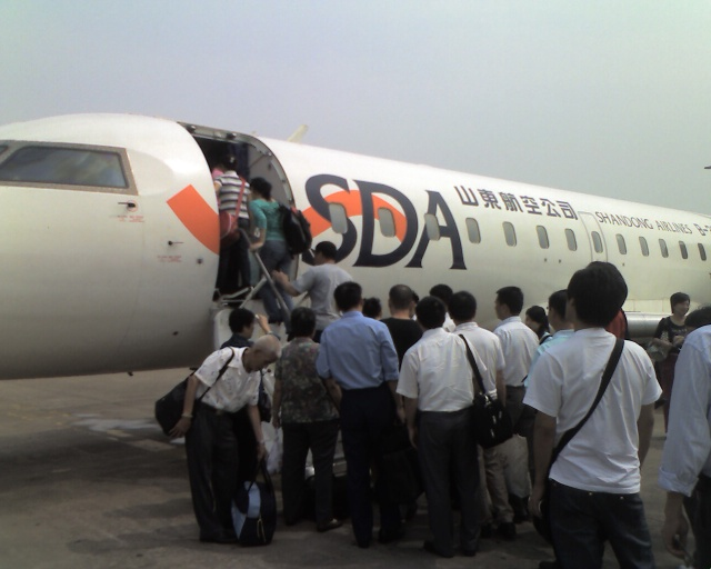 南宁回来武汉,因火车票难买