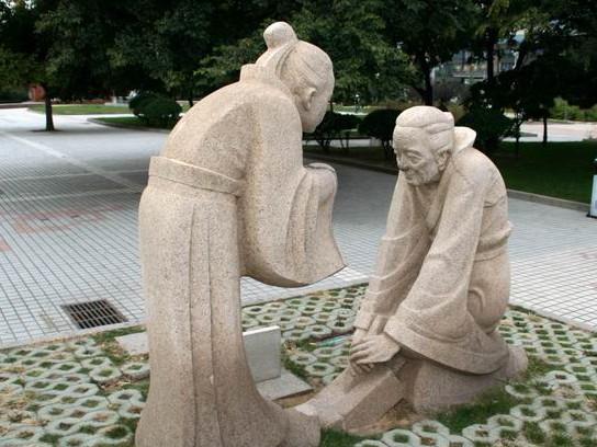寓教于乐—青岛海趣园雕塑