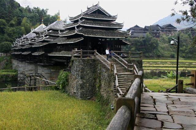 桂北三江县程阳风雨桥
