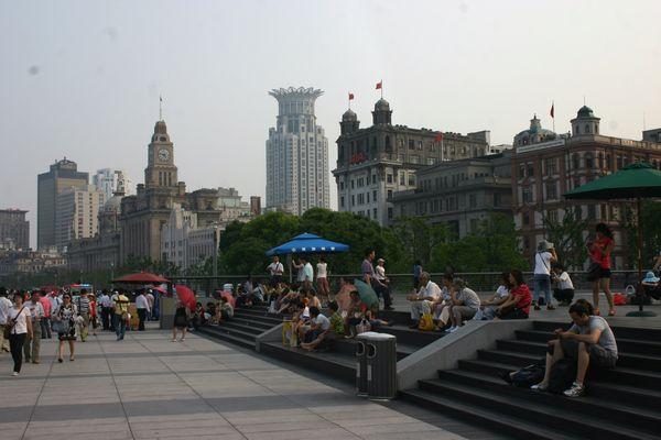 人口老龄化_上海市人口剧增
