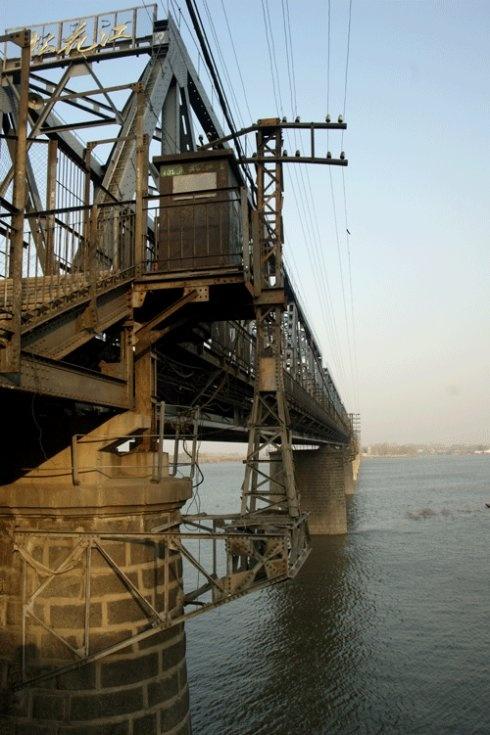 大东北(五)哈尔滨防洪纪念塔