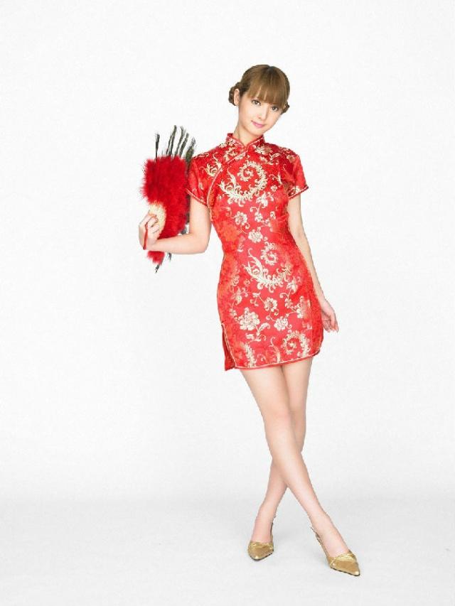 艷紅的旗袍誘惑
