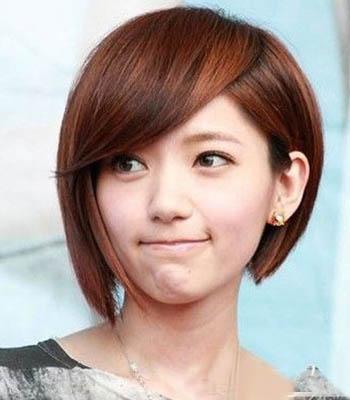 矮个子女生短发发型 瞬间瘦脸变娇俏图片